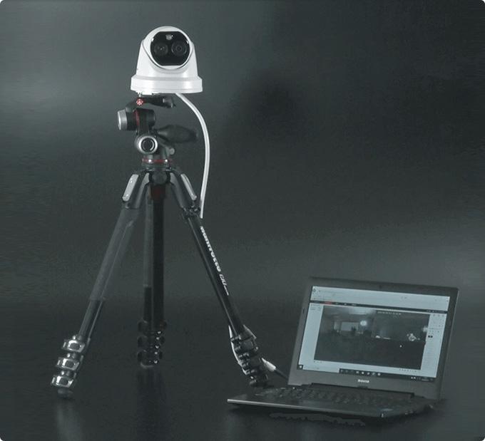 サーモグラフィカメラ